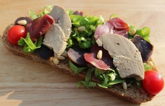 Salade landaise façon tartine